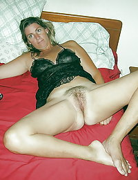 Old mum with hairy twat pleasures a hung youngster