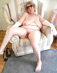 Elegant old lady greedily grabs fresh meat pumping it in her mouth and bum