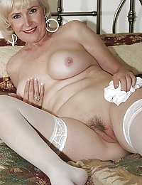 This Tasty Mature Mom Is Making Me Crazy With Her Big Boobs And Pussy That Is Being Drilled With This Big Dildo