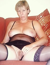 Buxom mature rides up her dress to get her backdoor cushions pushed hard