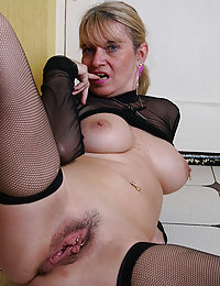 Bored Housewife Milf Enjoys Posing And Exposing Her Naked Body In A Bathroom