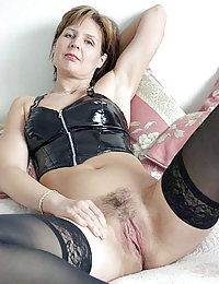 Dressing up mature lady gets used orally and anally by a horny youngster