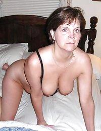 Hung stud ripping ripe pussy apart through black pantyhose of mature gal